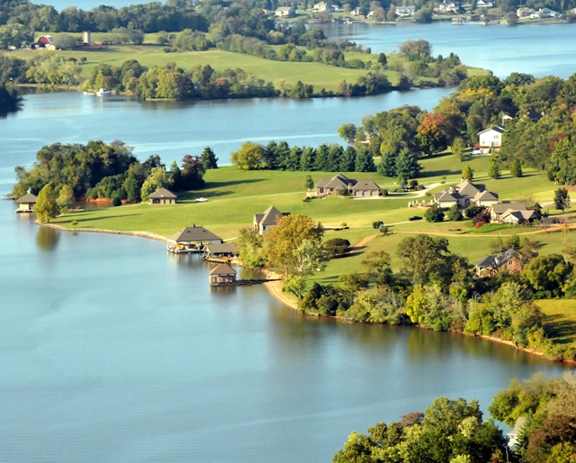 Top 10 luxury lake homes for sale in knoxville tn for Top 10 luxury homes