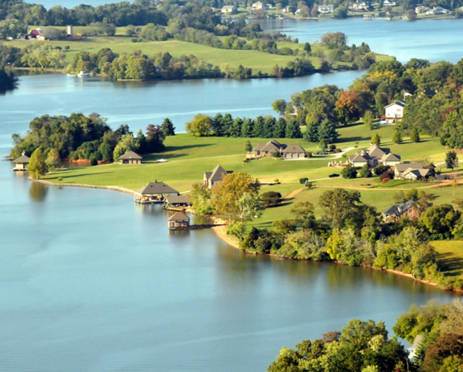 top 10 luxury lake homes for sale in knoxville tn rh lakeloudounliving com