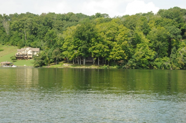 Lake Property for Sale on Ft Loudoun Lake